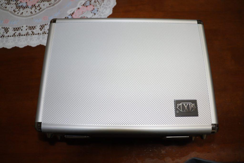 V67G-HEケース